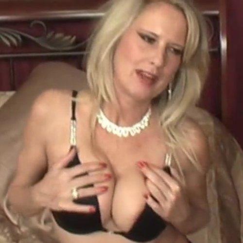 Pornstar Bridgett Lee
