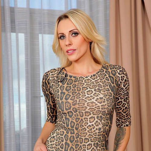 Pornstar Brittany Bardot