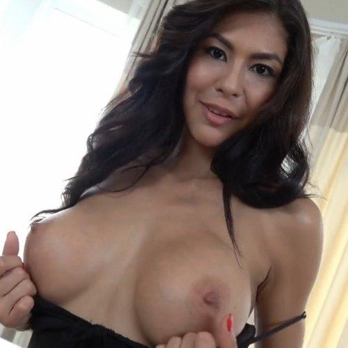 Pornstar Heather Vahn