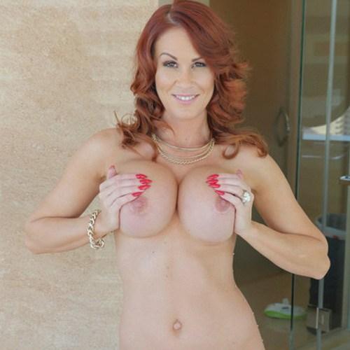 Pornstar Sabrina Cyns