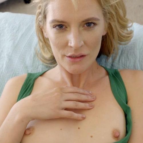 Pornstar Mona Wales