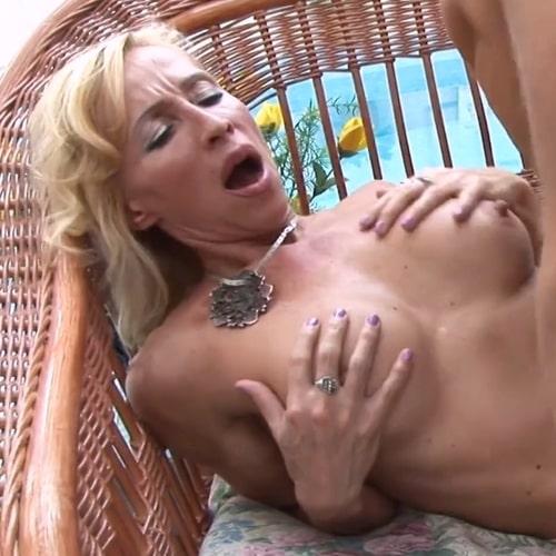 Pornstar Melissa Q