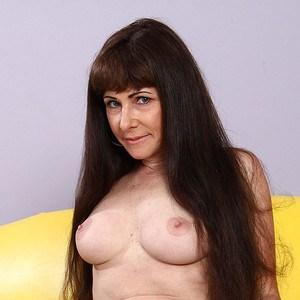 Pornstar Alexandra Silk