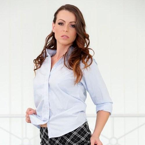 Pornstar Caroline Adrolino