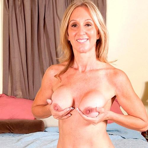 Pornstar Jenna Covelli
