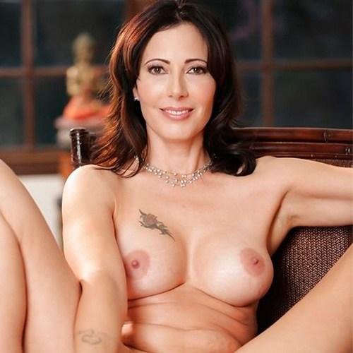 Pornstar Zoey Holloway