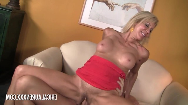 Blonde milf came to the casting and once again showed wild sex to everyone