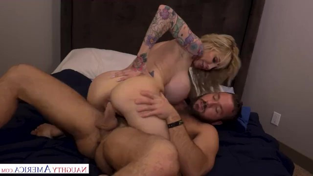 Crazy mature blonde burst into the guy's room for hardcore fuck