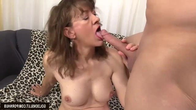 Erotic granny showed all her sinful sides at the casting