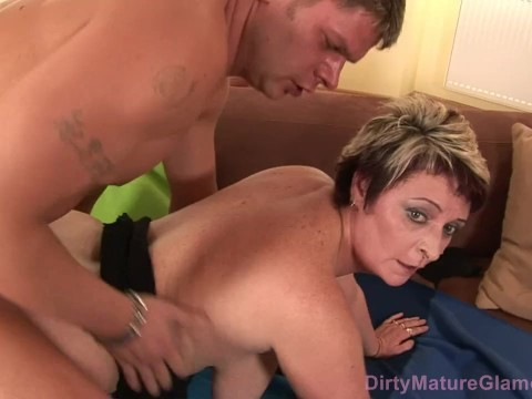 Guy decided not to wait until chubby hairy milf begin to masturbate and fucked her