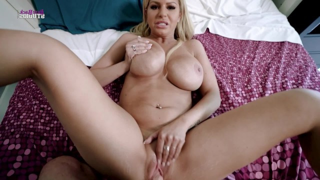 Horny stepson loosing his virginity with mature busty stepmom Brooklyn Chase
