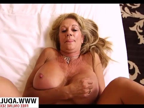 Hot busty mom have reached a midlife crisis and came on the casting to fuck