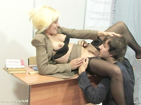 Hot milf teacher rights loser's brain by fucking on lesson