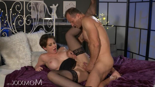 Husband fucks mature wife very passionately so she gets a great orgasm
