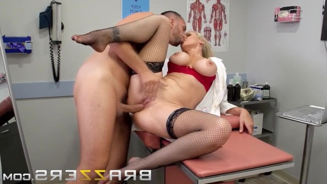 Man came to donate sperm and mature blonde Julia Ann helped him to cum