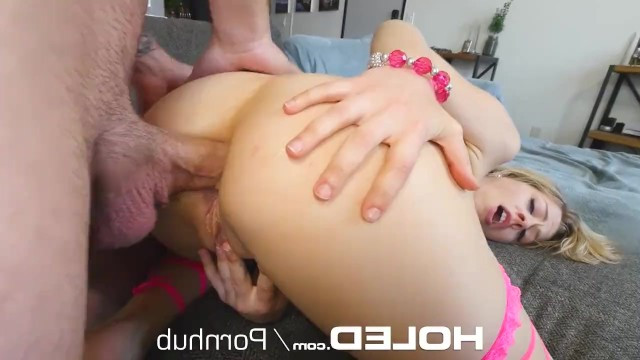 Mature bitch Zoey Monroe gets fucked anal and sucks exceptionally well