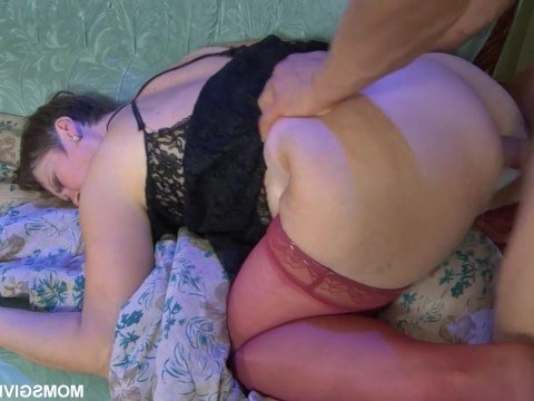Mature brunette aunt seduced nephew and asked for sex in ass