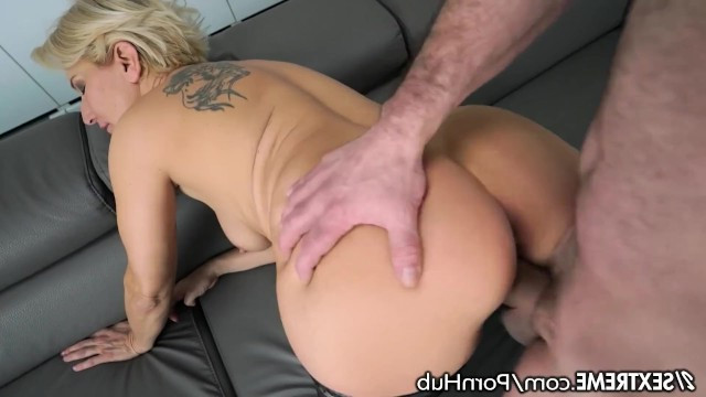 Mature lady decided to relive her youth and had sex with a young guy