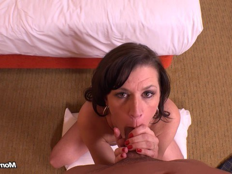 Mature naughty milf successfully passed the anal casting and got an orgasm
