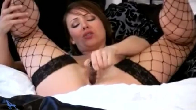 Mature secretary tired to work and fucked herself with toy in the office