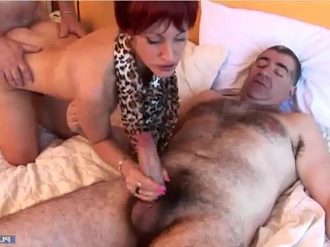 Mature woman let into the house two sneaky salesmen and got a group fuck