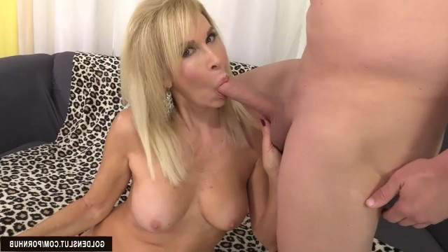 Sexy blonde granny Erica Lauren delightfully sucks dick and fucks after a cunnilingus