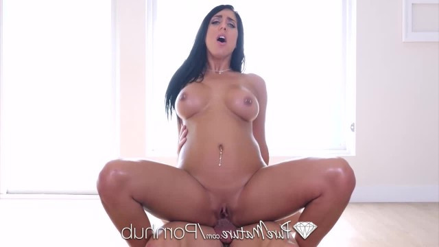 Sexy milf with black hair got her anal fucked instead of a massage