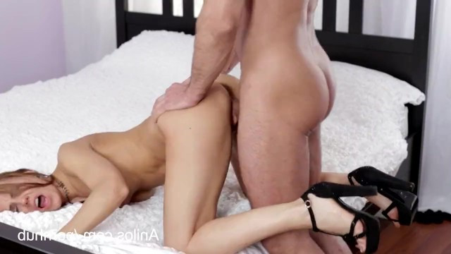 Slim mature milf Sabrina Moore melted from the gentleman's caresses and got on his dick