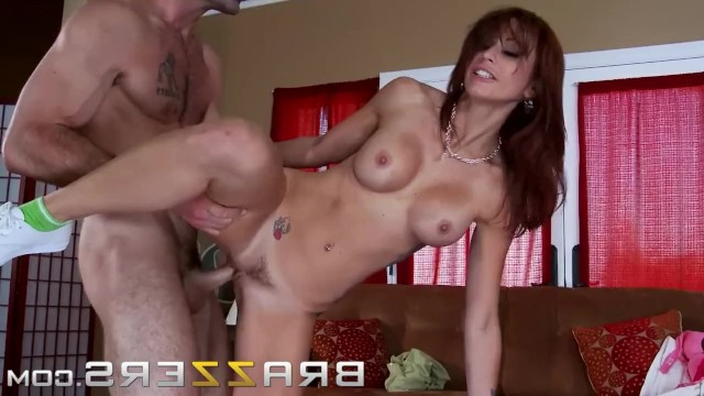 Tattooed milf let the courier in to have sex with him
