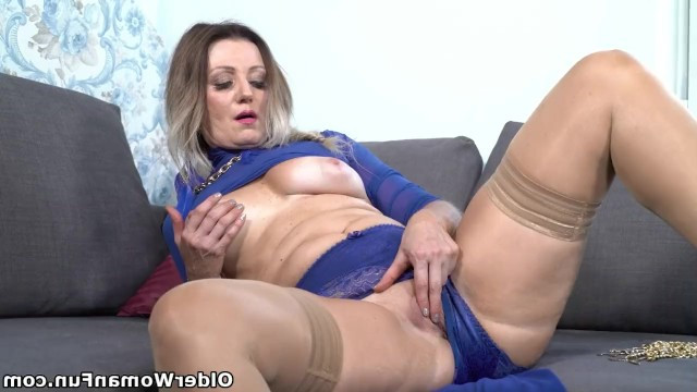 Two mature ladies masturbate wet pussies using fingers and a vibrator