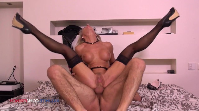 Very mature milf wanted hard sex and invited a young guy for anal