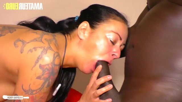 Wife doesnt get an orgasm from husband so she fucked with a black lover