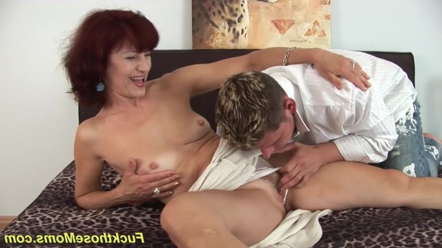 Young guy showed hot mature lady his male superiority and fucked her